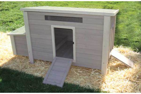 Backyard Barn Coop by Precision Pet