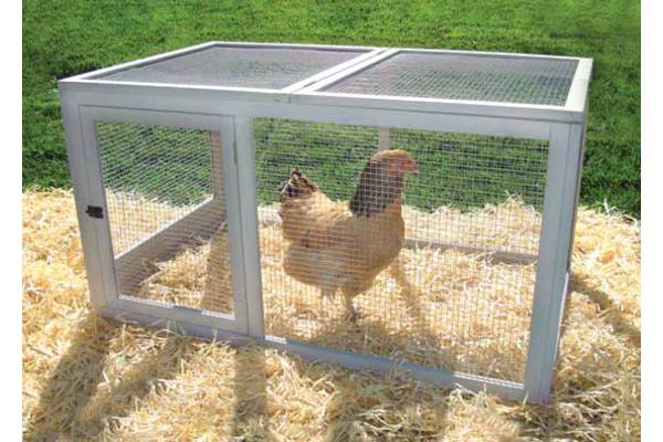 Backyard Barn Chicken Pen by Precision Pet