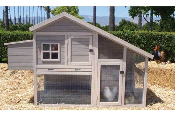 Extreme Cape Cod Coop by Precision Pet